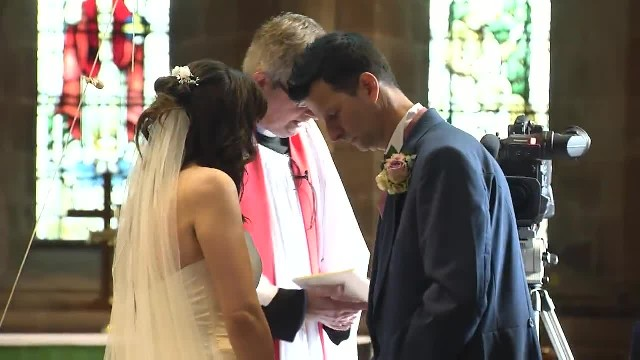 Groom Leaves Confused Bride at Altar and Sprints Out of Church