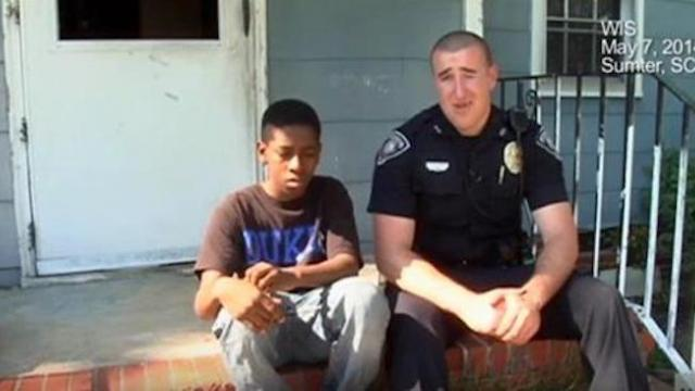 Police officer does a good deed for a needy teen