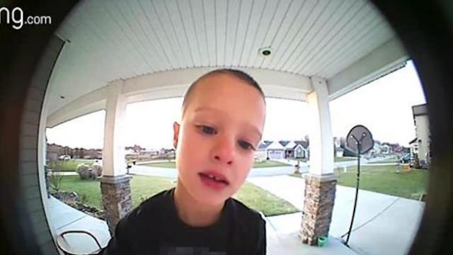 "Boy contacts dad on doorbell camera for ""emergency"" that has dad barreled over in laughter"