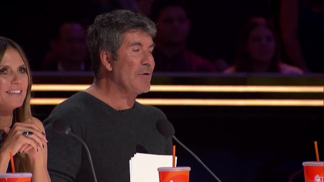 Children's choir moves room to tears forcing judge to slam the 'golden buzzer'