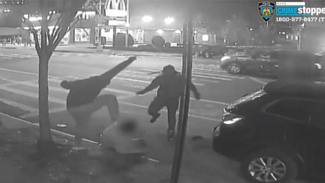 Video- Gang of muggers brutally beats 60-year-old to steal $1 on Christmas eve