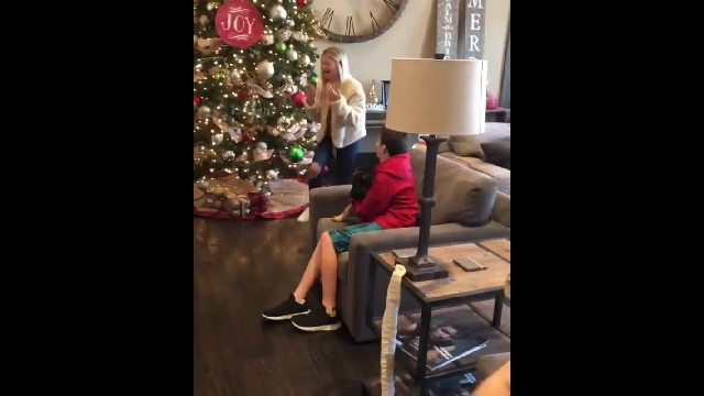 Darci Lynne Bursts Into Tears Over Family's Surprise Christmas Present