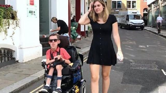 Strangers assume disabled man's girlfriend is his nurse while they defy expectations about love