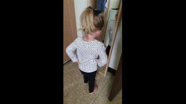 Mom catches 3-yr-old's morning mirror pep talk on video & it is the cutest