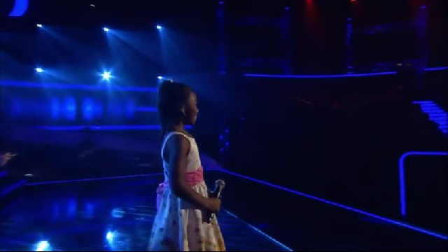 This girl is only 6, but as soon as she sings, the judges bow down to her!