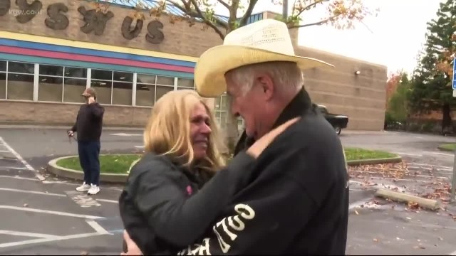 Oregon couple gives RV to California wildfire victim