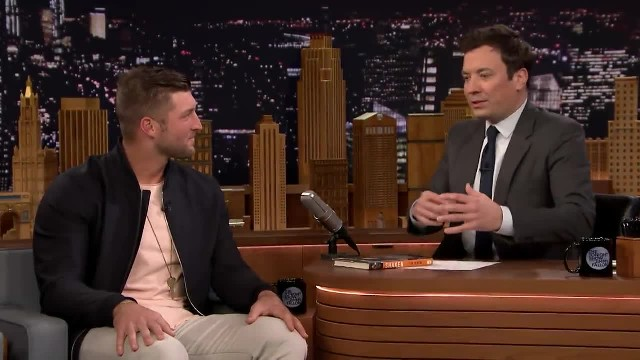 Tim Tebow sees date he turned down for prom on 'Tonight Show' – leaves mom in tears with his action