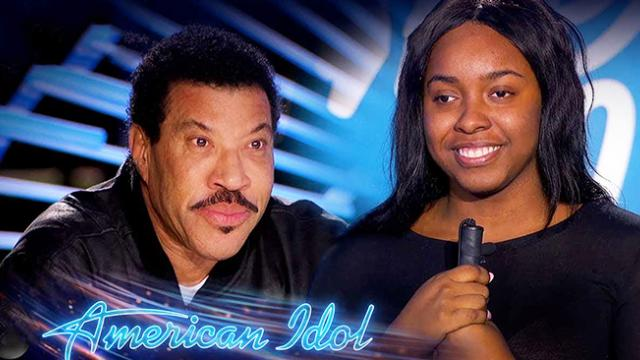 Blind singer reduces Lionel Richie to tears with beautiful performance