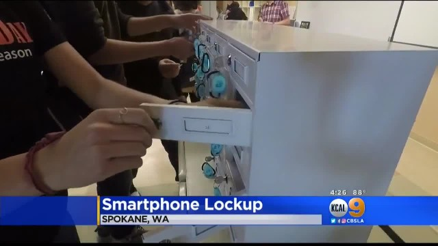 Teacher forces students to lock up cellphones, and it's sparking a national trend