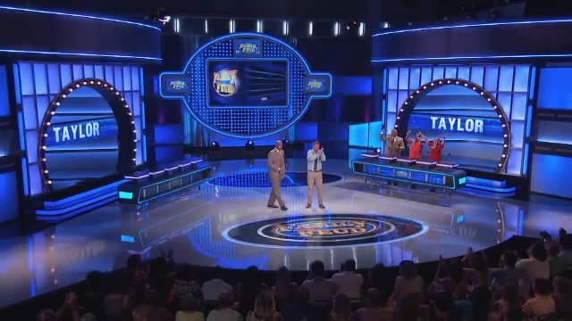 Man wins $20,000 on Family Feud—When he hits his knees sobbing, Steve realizes it's not enough