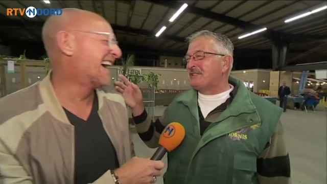 Reporter interviews farmer, then realizes farmer laughs like a chicken & explodes in laughter