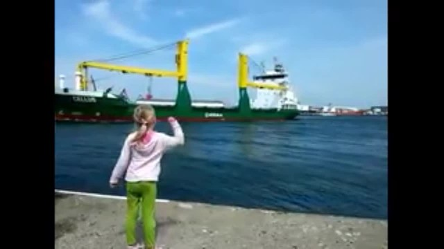 Young girl begs for massive ship to honk. 9 million have watched her regret it immediately