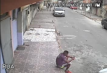 Video Of Stray Dog Peeing On Man Goes Viral, But The Man Surprises Everyone And Adopts Him