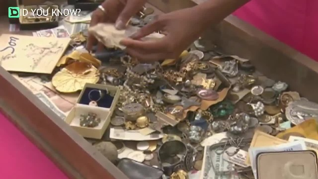 Vet buys 125-yr-old chest for $100 but returns it when he finds 'treasure-filled secret drawer'