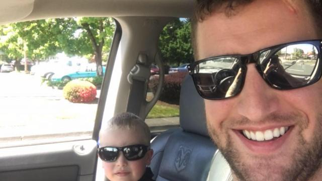 Construction worker with dirty face gives life lesson to judgmental mother
