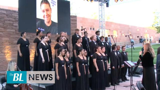 Hundreds attend sunrise memorial for Las Vegas shooting victims