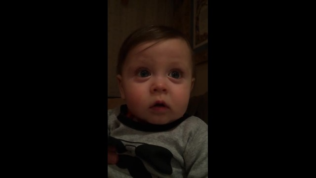 BABY HEARS ANDREA BOCELLI SING FOR 1ST TIME. WITHIN SECONDS SUPERCHARGED RESPONSE GOES VIRAL