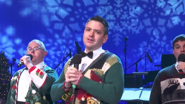 Navy Men Join Voices For Christmas Song Only To Have Comical Twist Leave Crowd In Stitches