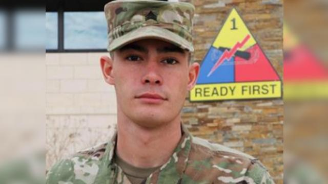 Soldier only needed ballpoint pen and sweatshirt to save dying man's life