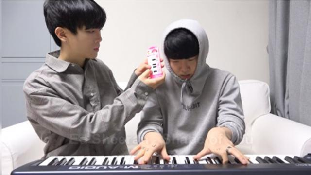Here's how a $1 toy piano sounds like next to a $1000 electric piano
