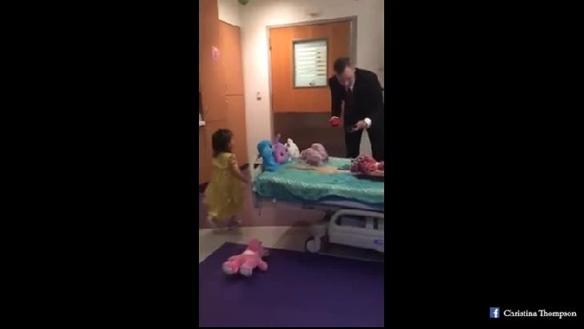Dad surprises age 2 daughter on her last day of chemo with new dress & 'daddy-daughter dance'