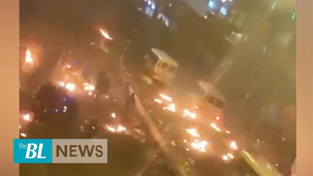 The police (STS) used three minibuses to crash and disperse protesters