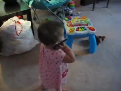Baby makes her mother cry with laughter after hilarious conversation with father on the phone