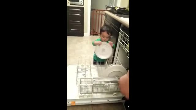 This Toddler Is Already More Helpful in the Kitchen Than Most Millennials - Rumble