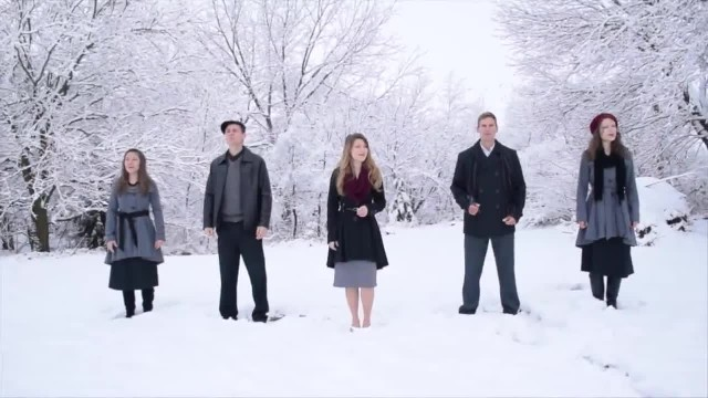 5 Siblings Line Up For Beautiful Rendition Of Christmas Classic That Goes Viral
