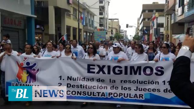 Thousands of Ecuadorians march to reject gender policies