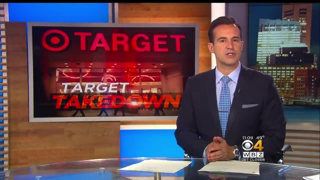 17-year-old notices creepy man at Target moving closer to little girl, then his gut says 'stop him n