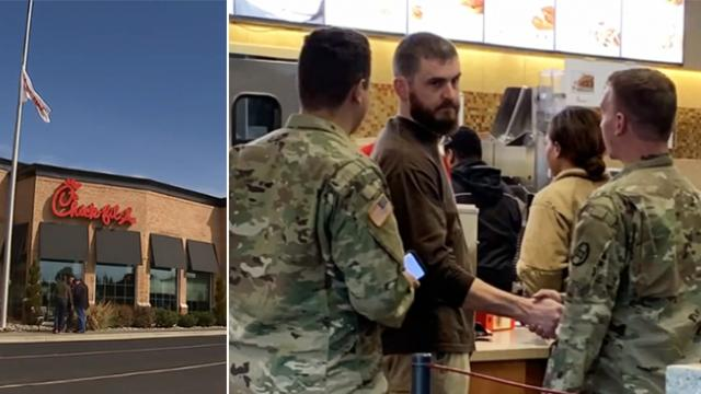 Man buys Chick-fil-A for two soldiers. When nine more show up, immediately pays for theirs too