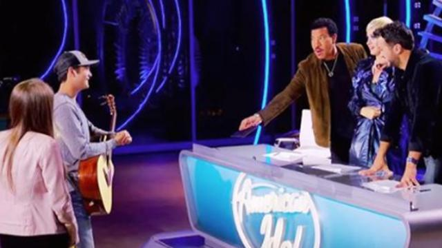 Eliminated 'Idol' star returns to help friend, ends up with golden ticket