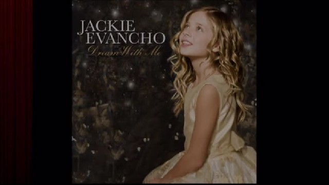 "Susan Boyle and Jackie Evancho sing their rendition of ""The Prayer"" and silence the crowd"