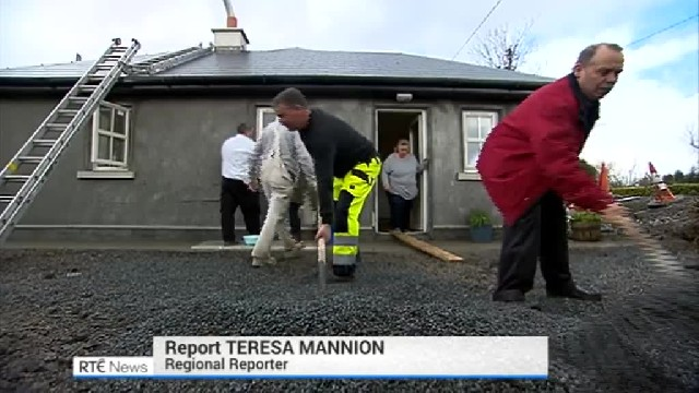 After family's thatched cottage burned to the ground, Irish town built them a new one in 3 weeks