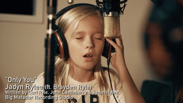 11-Year-Old Girl Sings Original Song But Partner Joins In And Performance Totally Changes