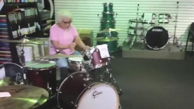 This grandma walked into a music store what happened next is