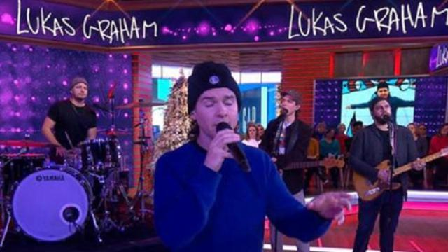 Lukas Graham performs 'Promise' on 'GMA'