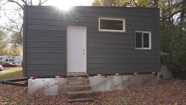 Man's $15k tiny home has elevator bed and heated ceiling