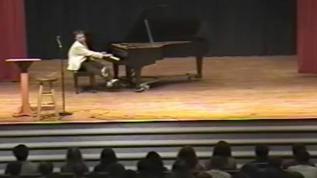 Man surprises crowd after they laugh at him when he plays piano