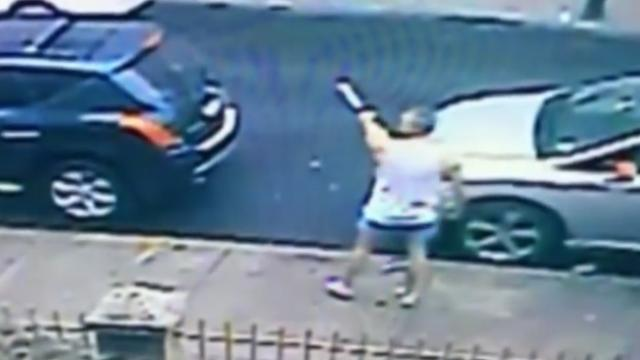 Brave bat-wielding man thwarts kidnap of young girl in New York