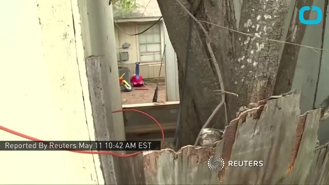 Mom of 6 arrested after cops find children chained up in the backyard