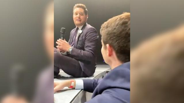 Michael Buble asks fan to sing solo at concert only to have eyes bulge at his sultry voice