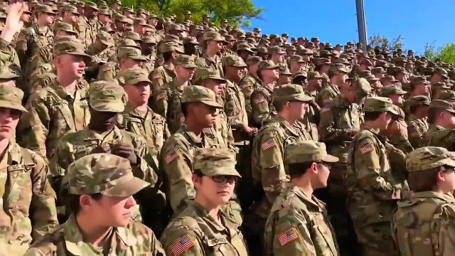 Wonderful And Divine: 2000 Soldiers Sing Amazing Worship Song That Moves Everyone!