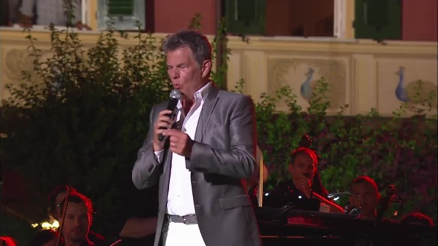 Andrea Bocelli Serenades His Beautiful Wife, But When She Joins In, Millions Are In Tears