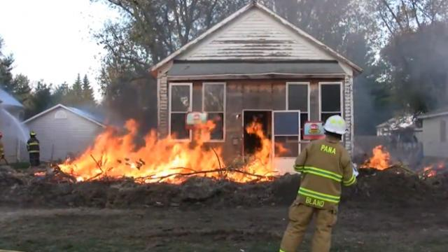House was so infested with roaches that firefighters burnt it to the ground