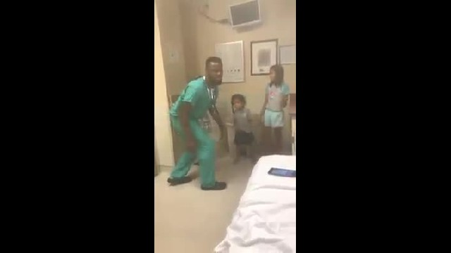 Hospital made sisters nervous, so doctor puts on music & starts to dance