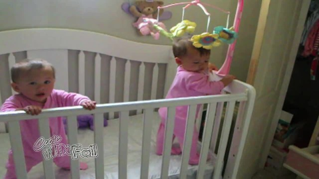 Adorable twin babies have a deep connection, but even mom left flabbergasted at this footage