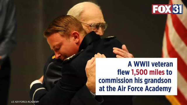 101-year-old WWII veteran flew 1,500 miles to commission grandson