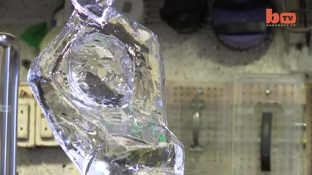 Ice Sculpture King Creates Super Cool Art in New York